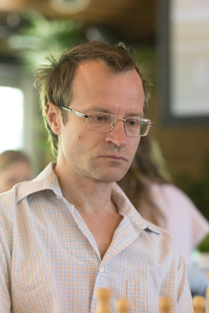 Sergey_Tiviakov_(foto_Harry_Gielen).jpg